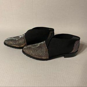 Stuart Weitzman Slip-on Shoe - Black & Mettalic